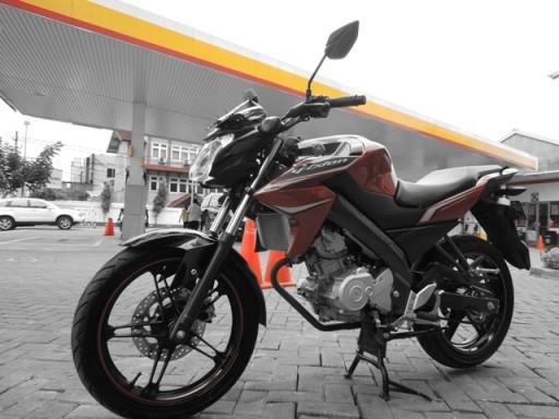 Yamaha New Vixion Lightning depan